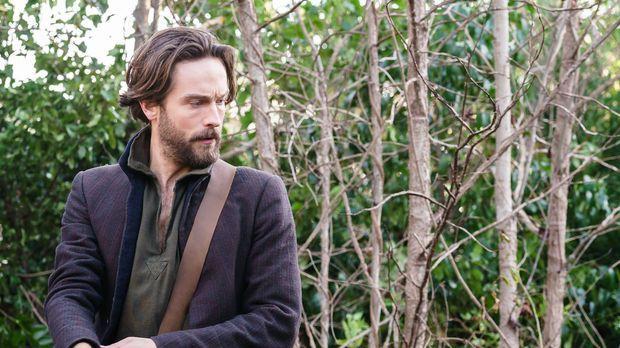 Crane (Tom Mison) erinnert sich an eine alte Bekanntschaft, die ihm möglicher...
