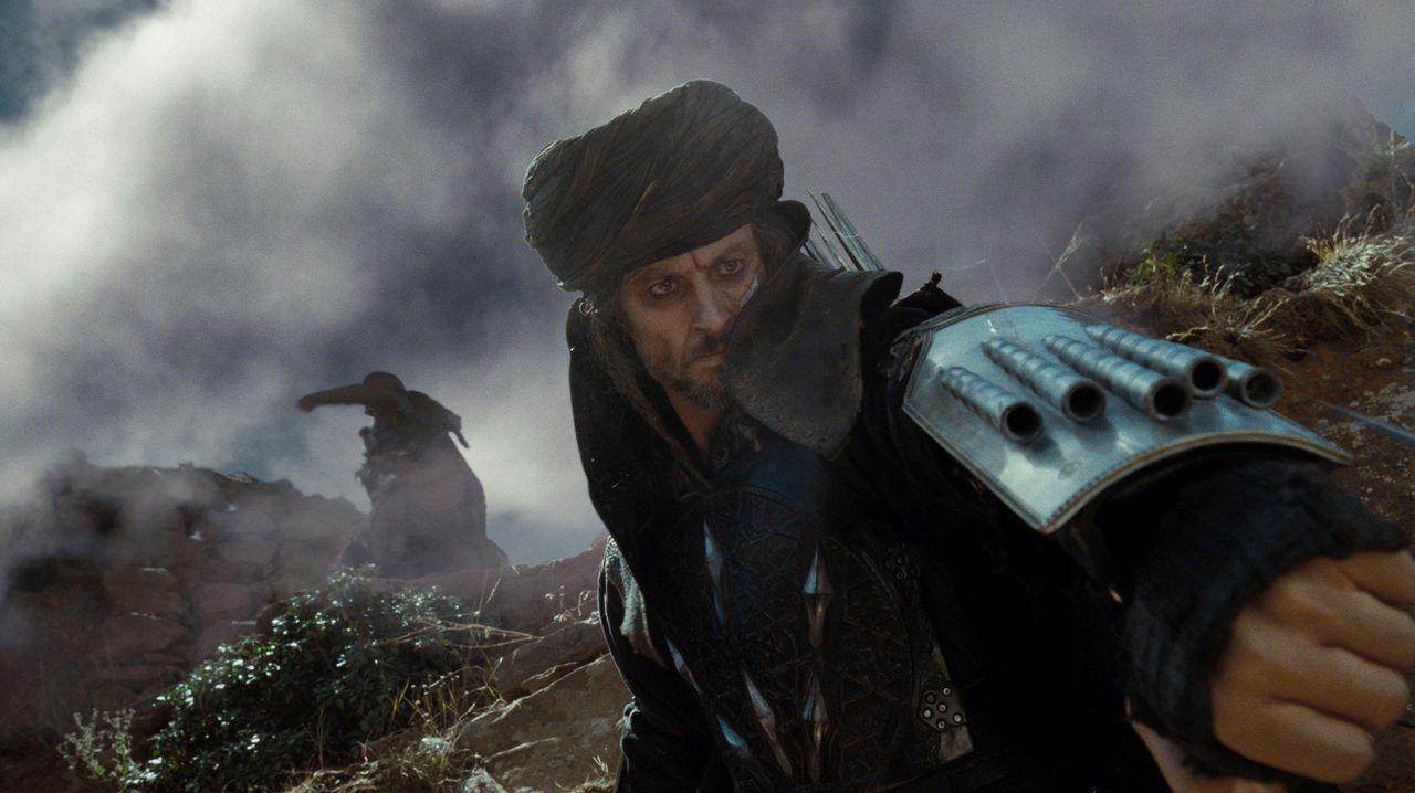 Hat den Auftrag, Dastan zu töten: Assassin Porcupine (Claudio Pacifico) ... - Bildquelle: Andrew Cooper, Jonathan Prime Disney Enterprises, Inc. and Jerry Bruckheimer Inc.  All rights reserved