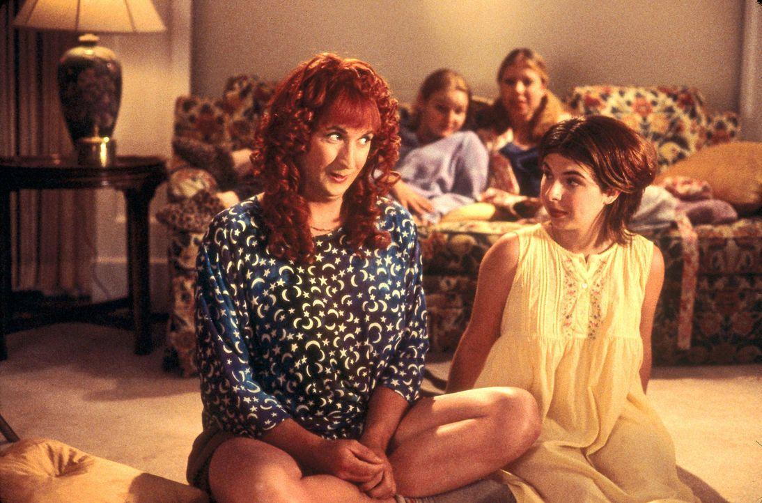 Auch Doofer (Harland Williams, l.) muss erkennen, dass die Welt von Katie (Heather Matarazzo, r.) und den anderen Mädels durchaus ihren Reiz hat ... - Bildquelle: Touchstone Pictures