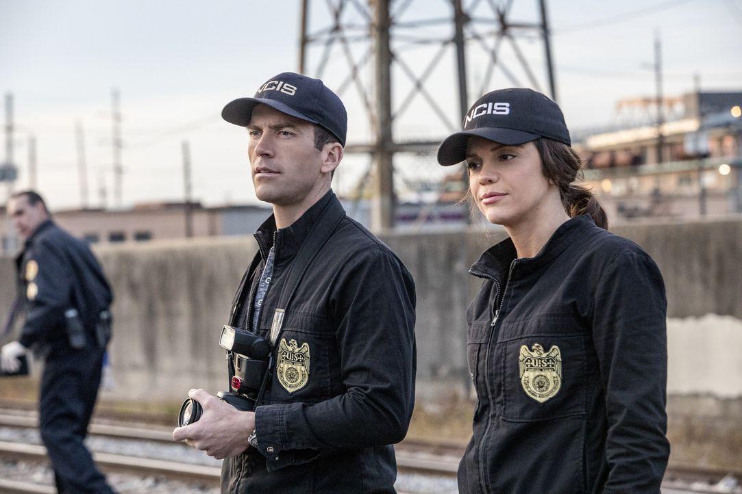 (v.l.n.r.) Christopher LaSalle (Lucas Black); Tammy Gregorio (Vanessa Ferlito) - Bildquelle: Skip Bolen 2017 CBS Broadcasting, Inc. All Rights Reserved/Skip Bolen