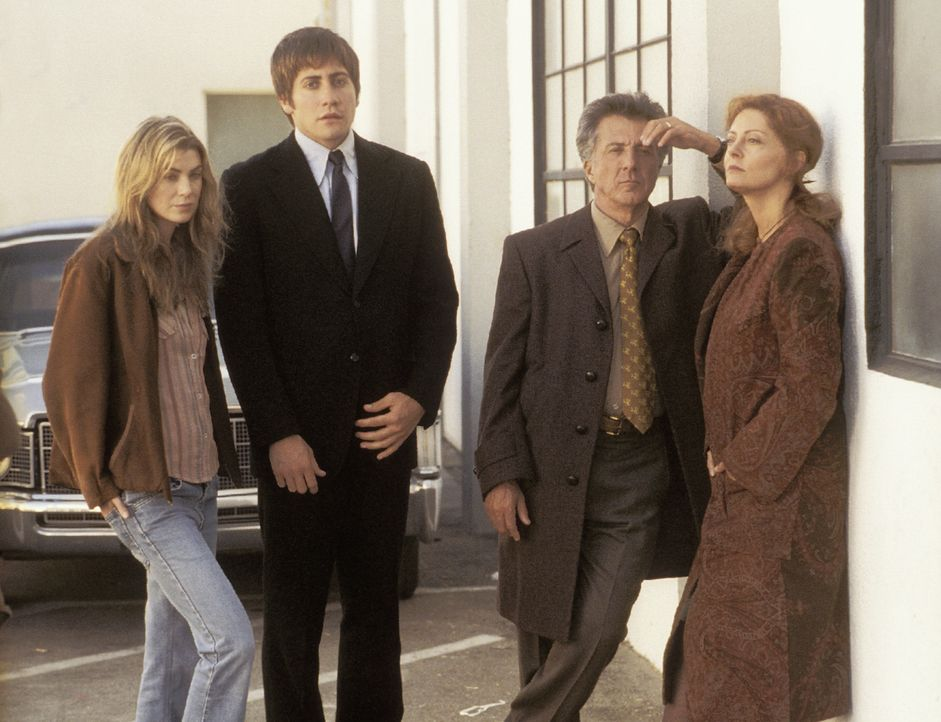 Nach dem Tod seiner Verlobten Diana bleibt Joe (Jake Gyllenhaal, 2.v.l.) zunächst bei deren Eltern, Ben (Dustin Hoffman, 2.v.r.) und Jojo (Susan Sa... - Bildquelle: Touchstone Pictures