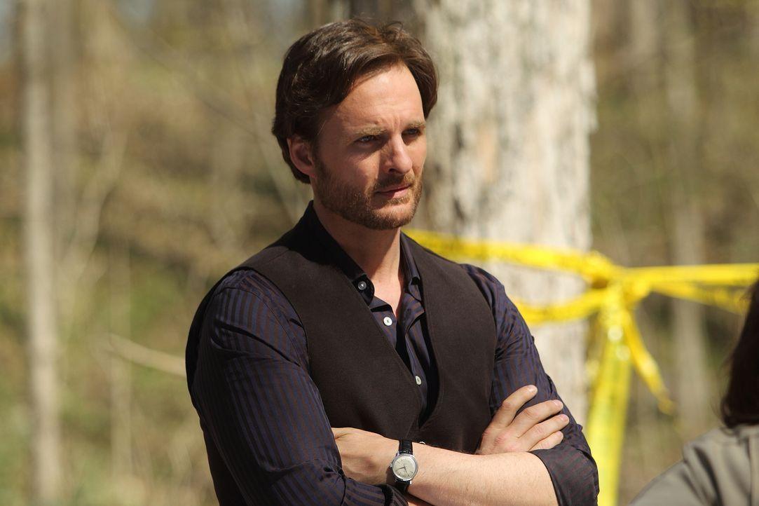Sollten Clay und Elena den Werwolf nicht stoppen können, braucht Jeremy (Greg Bryk) schnell einen neuen Plan ... - Bildquelle: 2014 She-Wolf Season 1 Productions Inc.