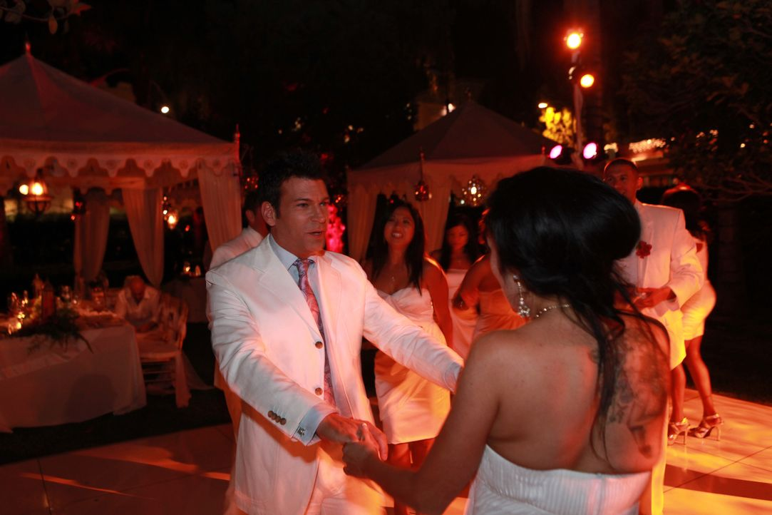 Das Kleid, die Tischdeko, die Torte: Jede Braut weiß ganz genau, wie ihr Hochzeitstag aussehen soll. In nur drei Wochen vor dem Ja-Wort hilft David... - Bildquelle: 2011 PilgrimStudios