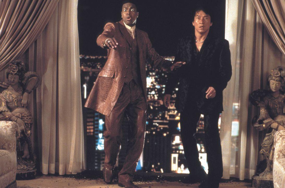 Müssen sich auf der Jagd nach einem Geldfälscher-Ring von ihrem Urlaub auf den Weg nach Las Vegas machen und stoßen dort auf einige Überraschungen:... - Bildquelle: Warner Bros.