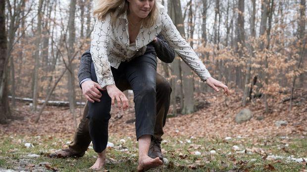 Wird mitten im Wald von einem perversen Frauenmörder festgehalten: Patterson...