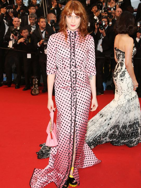 Cannes-130515-Florence-Welch-Lia-Toby-WENN-com