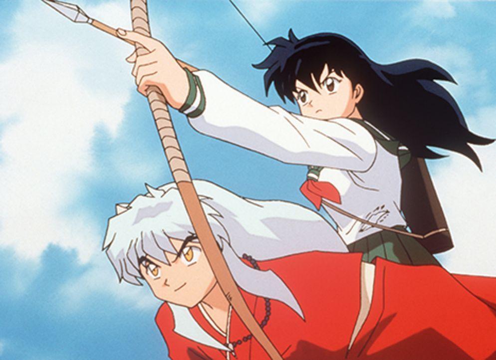 Sie ziehen gemeinsam quer durch Japan, um die Splitter des magischen Juwels einzusammeln, bevor andere Yokai oder gar Naraku an die Splitter gelange... - Bildquelle: Rumiko Takahashi/Shogakukan, Yomiuri TV, Sunrise 2000