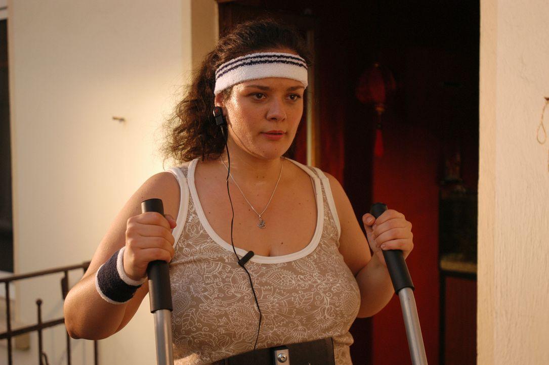 Um für Stefan attraktiv und liebenswert zu sein, beginnt Alma (Katrin Filzen) intensiv Sport zu treiben und zu hungern. Doch bereits nach kurzer Ze... - Bildquelle: Willi Weber ProSieben