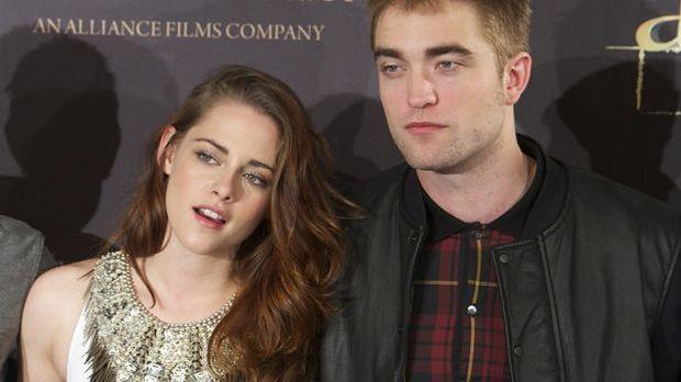 Robert Pattinson und Kristen Stewart sollen zusammen in einem Park in L.A. ge...
