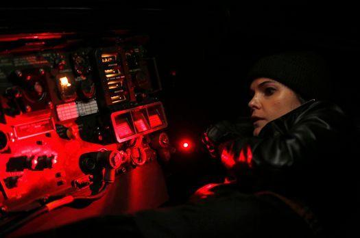 The Americans - Kaum hat Elizabeth (Keri Russell) den Code des neuen Verschlü...