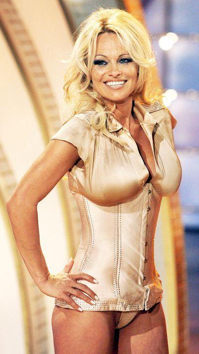 Pamela Anderson - Bildquelle: dpa