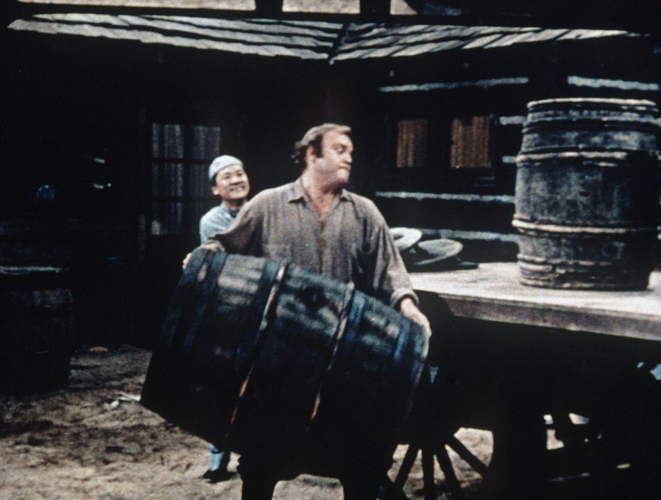 Little Joe überredet seinen Bruder Hoss (Dan Blocker), an einem Wettessen teilzunehmen. Für den Gewinner ist ein hoher Geldpreis ausgesetzt. Kein Pr... - Bildquelle: Paramount Pictures