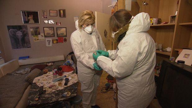Putz-Neurotikerin Petra und Messie Heidi1 - Bildquelle: kabel eins
