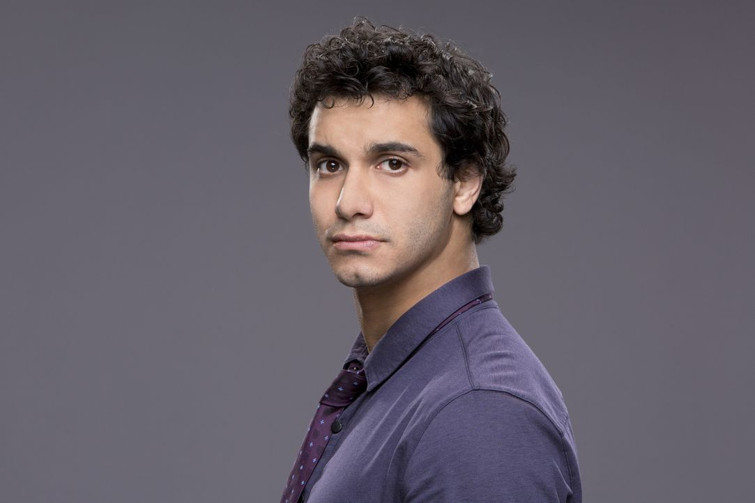 (1. Staffel) - Hat den vierthöchsten IQ, der je gemessen wurde: Walter O'Brien (Elyes Gabel) gründet mit weiteren Superhirnen das Team Scorpion, das... - Bildquelle: Sonja Flemming 2014 CBS Broadcasting, Inc. All Rights Reserved