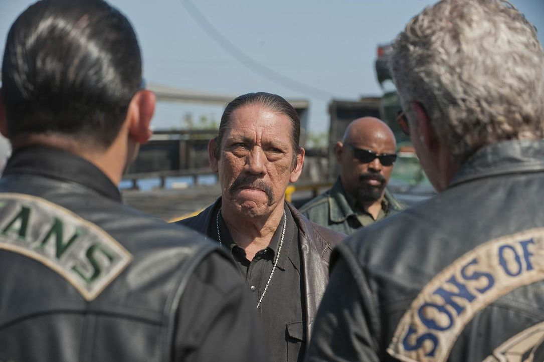 Ein Trio mit Gefahrenpotenzial: Alvarez (Emilio Rivera), Romeo (Danny Trejo) und Clay (Ron Perlman) ... - Bildquelle: 2011 Twentieth Century Fox Film Corporation and Bluebush Productions, LLC. All rights reserved.