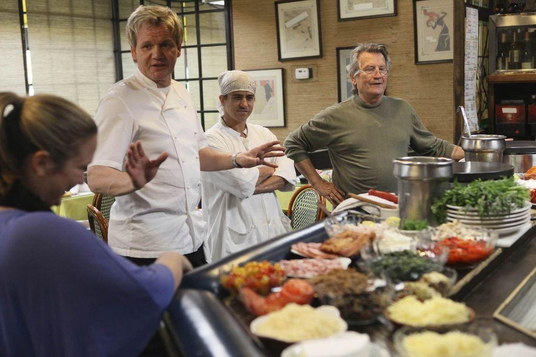 """Kann Gordon Ramsay (2.v.l.) dem """"La Frite"""" wieder auf die Füße helfen? - Bildquelle: Fox Broadcasting.  All rights reserved."""