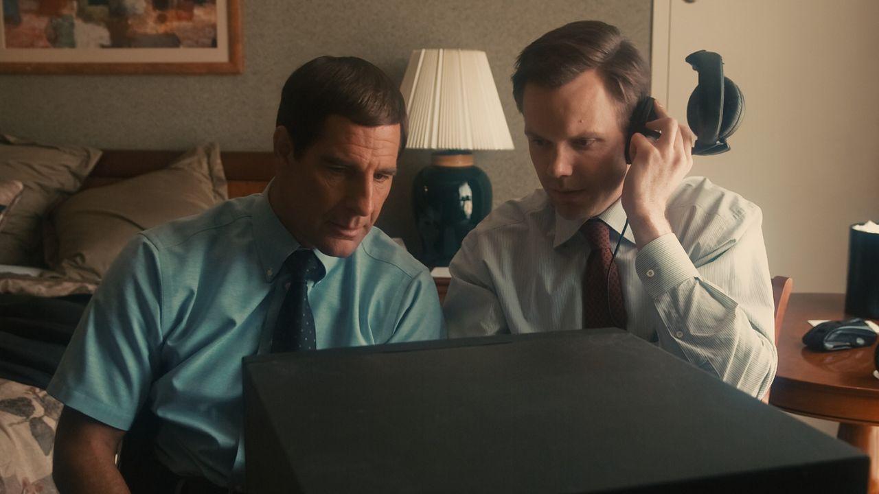 Haben schon bald eine Flut von Beweismitteln für die Preisabsprachen: die FBI Special Agenten Brian Shepard (Scott Bakula, l.) und Robert Herndon (... - Bildquelle: Warner Bros. Pictures