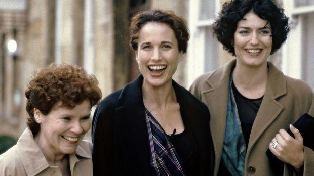 Schuldirektorin Kate (Andie MacDowell, M.) und ihre Freundinnen Molly (Anna C...