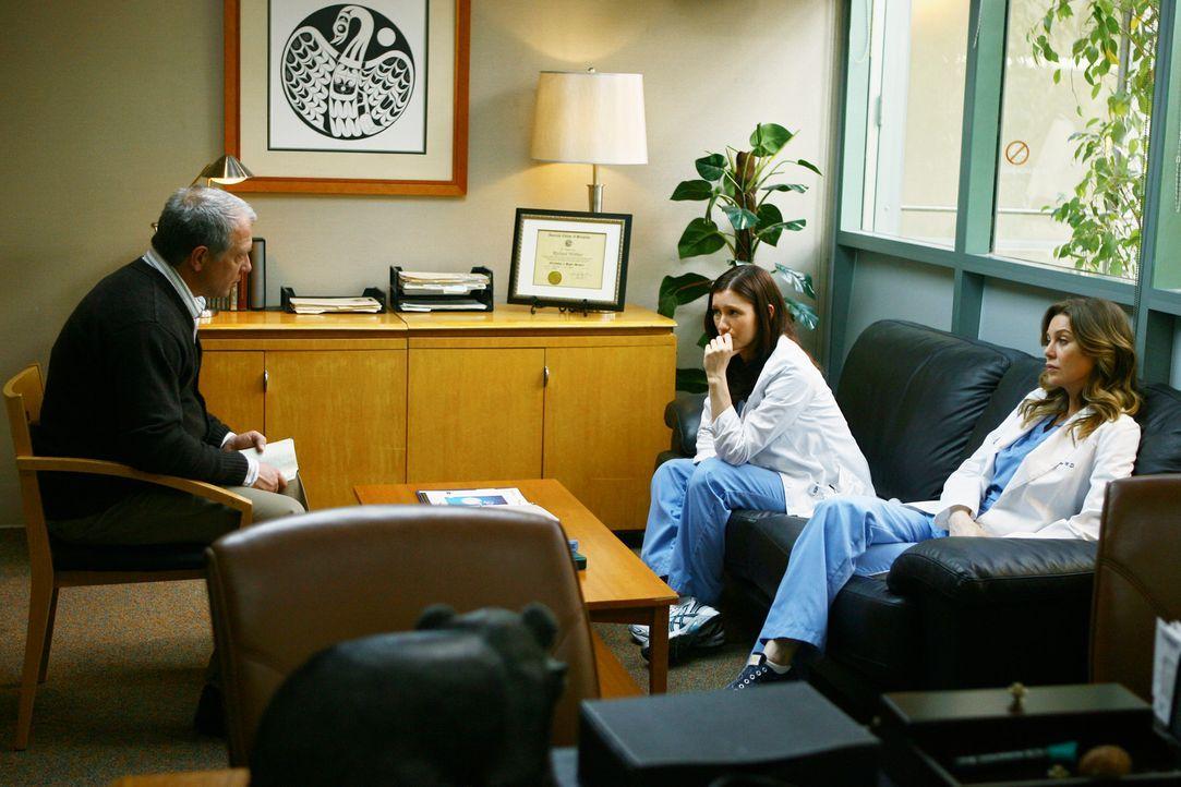 Auf Meredith (Ellen Pompeo, r.) und Lexie (Chyler Leigh, M.) wartet elterlicher Besuch. Ihr Vater Thatcher (Jeff Perry, l.) ist seit 29 Tagen trocke... - Bildquelle: Touchstone Television
