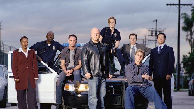 (1. Staffel) - Gute Cops, böse Cops: (v.l.n.r.) Claudette Wyms (CCH Pounder),...