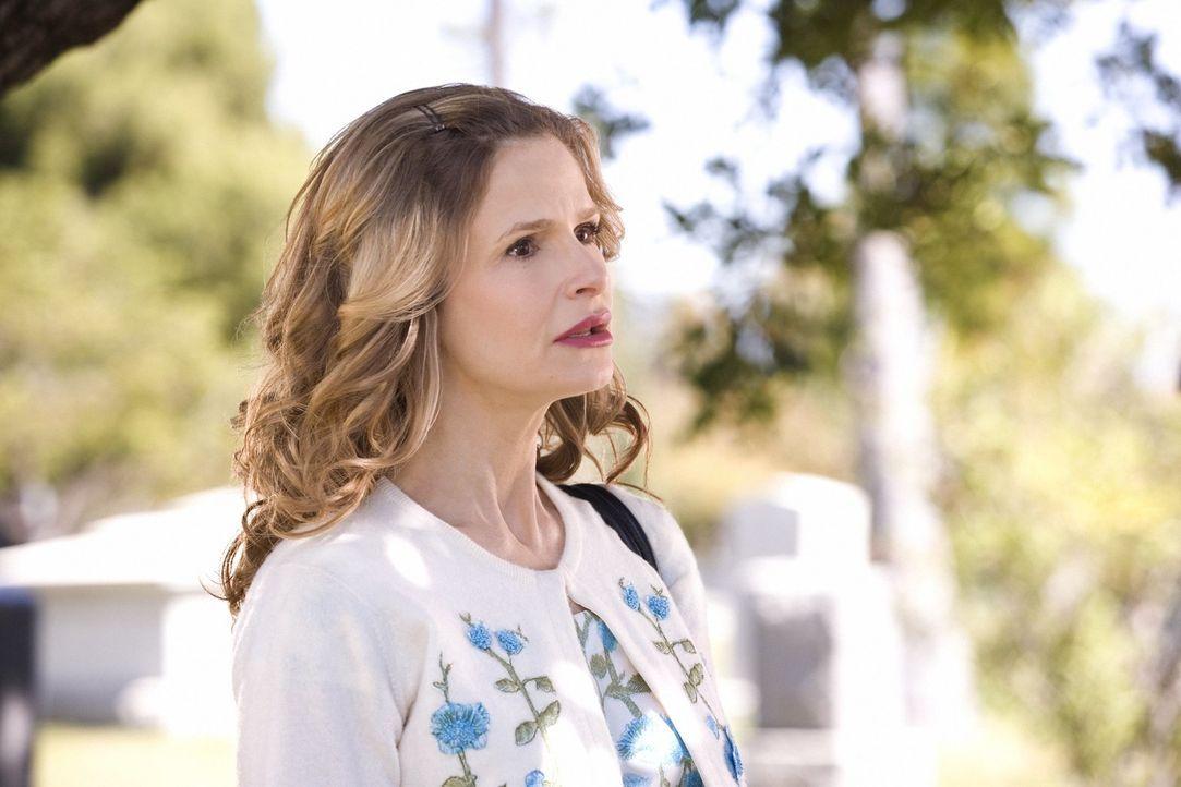 Stößt an unerwarteter Stelle auf einen neuen Fall: Brenda (Kyra Sedgwick) ... - Bildquelle: Warner Brothers