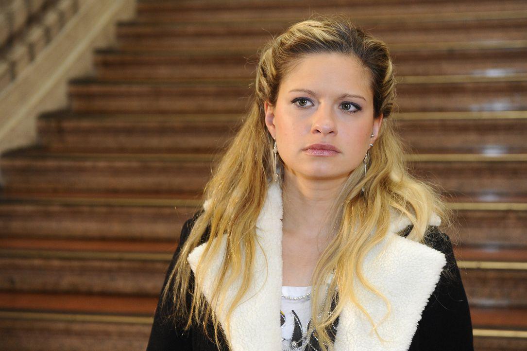 Verbirgt ihre aufkeimenden Zweifel an Jojo mühsam vor David: Mia (Josephine Schmidt) ... - Bildquelle: SAT.1