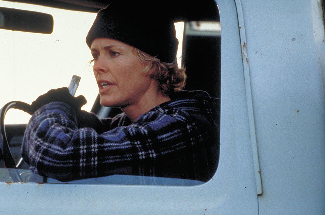 Kate O'Connor (Rachel Hayward) macht sich selbst auf die Suche nach ihrem Bruder ? - Bildquelle: Sony Pictures Television International. All Rights Reserved.