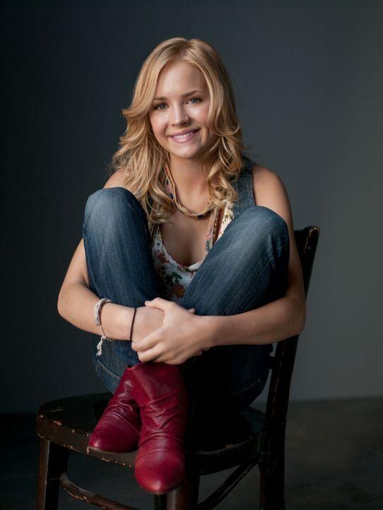 (1. Staffel) - Die 15jährige Lux (Brittany Robertson) hat es satt, von einer lieblosen Pflegefamilie zur nächsten abgeschoben zu werden und möchte s... - Bildquelle: The CW   2009 The CW Network, LLC. All Rights Reserved