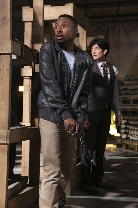 Eine chinesische Verbrecherorganisation wird in den USA immer präsenter und gefährlicher, deshalb soll Detective Lee (Jon Foo, r.) aus Hong Kong die... - Bildquelle: Warner Brothers