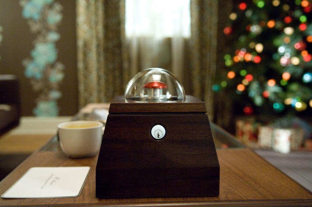 Drücken Norma und Arthur den roten Knopf, sind sie um eine Million Dollar reicher. Allerdings wird dadurch auch ein Mensch irgendwo auf der Welt st... - Bildquelle: Constantin Film Verleih GmbH