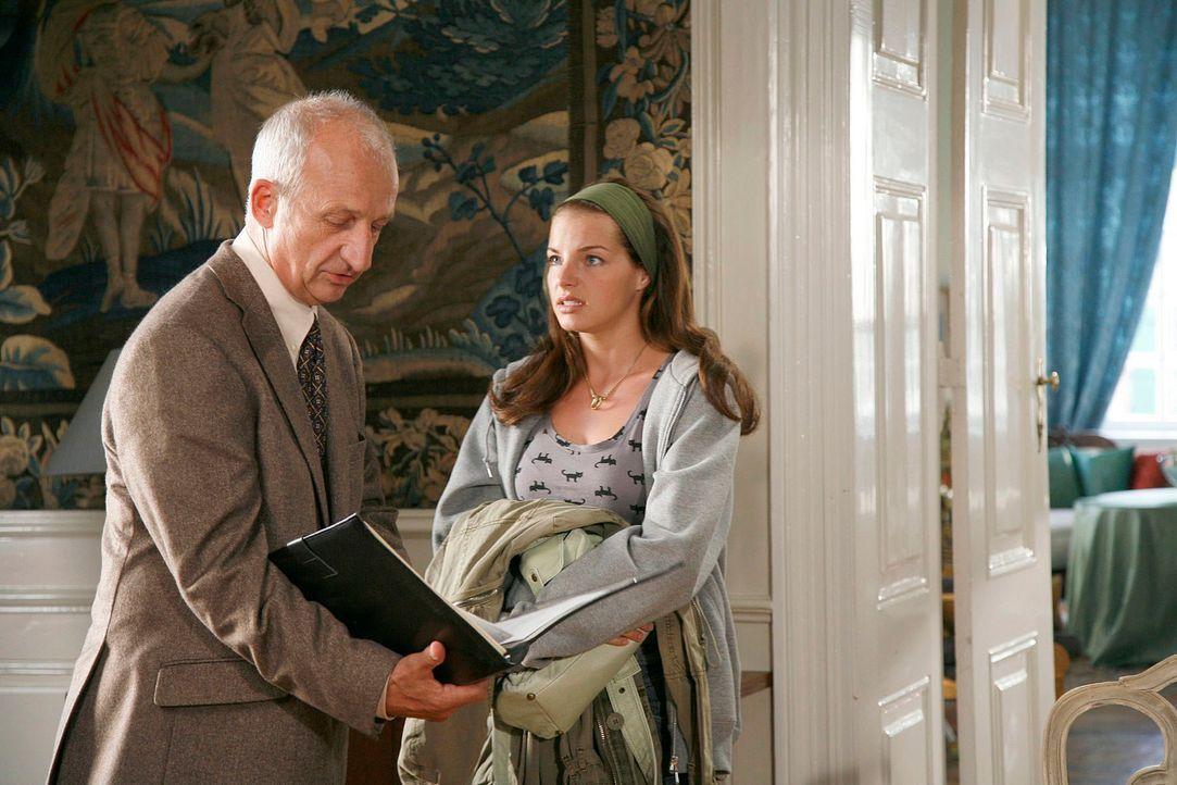 Katrina hält das Ganze für einen Irrtum - kennt sie doch weder den Verstorbenen Boris Berger noch irgendeinen Grund, warum sie Anteile des Familienb... - Bildquelle: Georg Pauly Sat.1