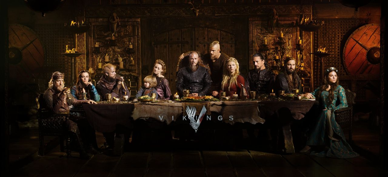 (4. Staffel) - Vikings: Ragnar (Travis Fimmel, M.), Rollo (Clive Standen, 2.v.r.), Prinzessin Gisla (Morgane Polanski, r.), Lagertha (Katheryn Winni... - Bildquelle: 2016 TM PRODUCTIONS LIMITED / T5 VIKINGS III PRODUCTIONS INC. ALL RIGHTS RESERVED.