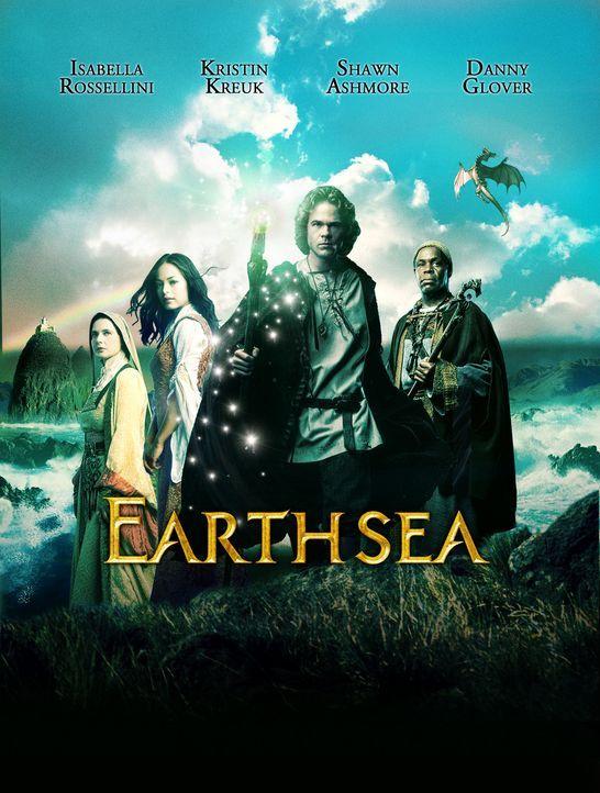 Earthsea - Die Saga von Erdsee: (v.l.n.r.) Thar (Isabella Rossellini, l.), Tenar (Kristin Kreuk, r.), Ged (Shawn Ashmore) und Ogion (Danny Glover) ... - Bildquelle: 2004 Hallmark Entertainment Distribution, LLC