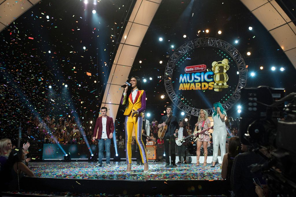 Radio-Disney-Music-Awards-150426-14-DISNEY-CHANNEL