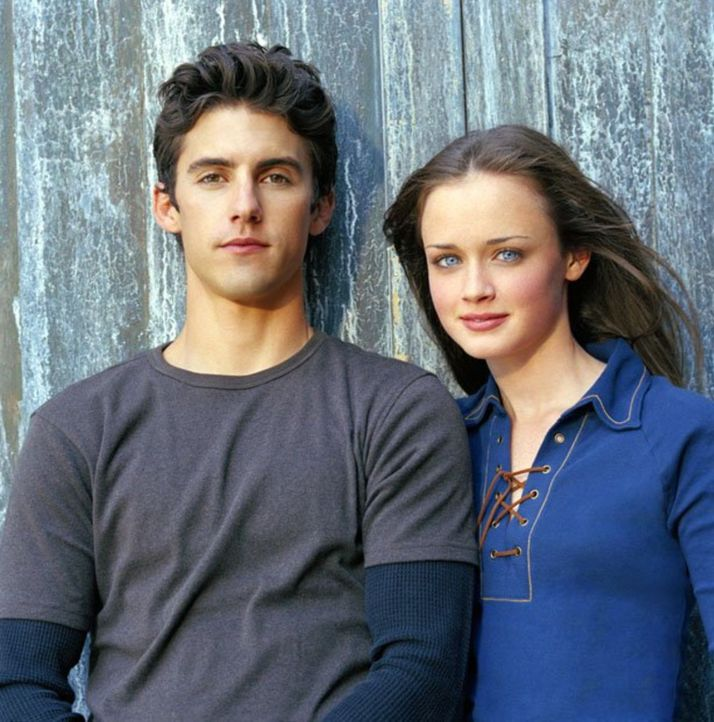 (3. Staffel) - Finden Jess (Milo Ventimiglia, l.) und Rory (Alexis Bledel, r.) endlich zueinander? - Bildquelle: 2002 Warner Bros.