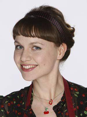 Größter Rückhalt von Danni: ihre beste Freundin Bea Flohe (Nadja Becker) ...   - Bildquelle: Frank Dicks - Sat1