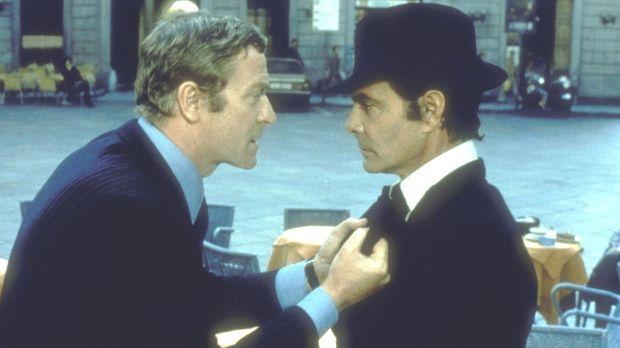 Wer betrügt hier wen? Doc Fletcher (Michael Caine, l.) kommt Prince di Siracu...