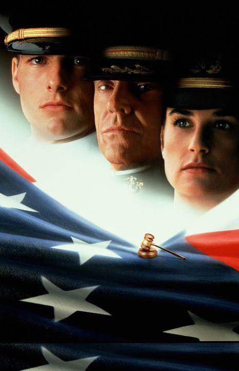 Lt. Daniel Kaffees (Tom Cruise, l.) und Lt. Cmdr. JoAnne Galloways (Demi Moore, r.) Ermittlungen führen bis zu Col. Nathan R. Jessep (Jack Nicholso... - Bildquelle: Columbia Pictures