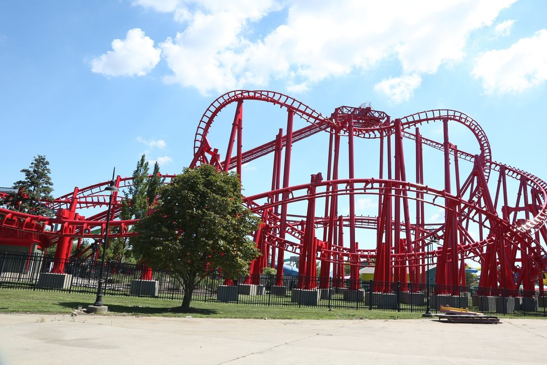 Diesmal macht Bert den Freizeitpark Kentucky Kingdom in Kentucky unsicher ... - Bildquelle: 2015,The Travel Channel, L.L.C. All Rights Reserved.