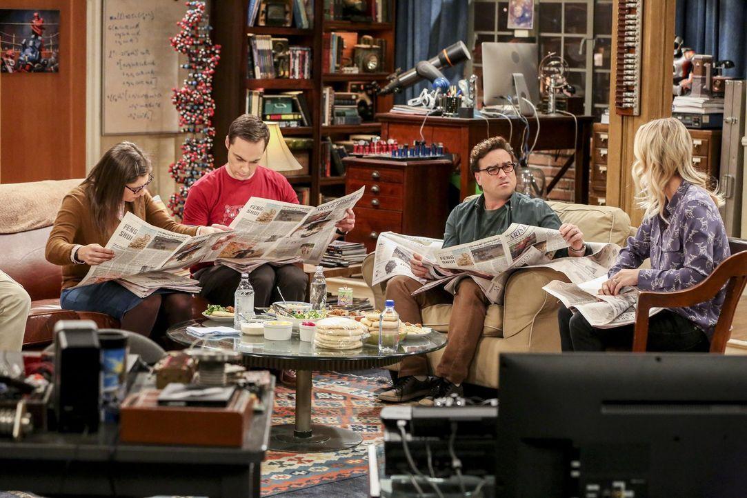 Während Amy (Mayim Bialik, l.) und Leonard (Johnny Galecki, 2.v.r.) beginnen, an mehreren Experimenten zusammenzuarbeiten, erkennt Sheldon (Jim Pars... - Bildquelle: Warner Bros. Television