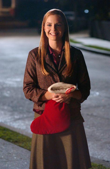 Als Lindsay (Shannon Lucio) und Kirsten von ihrer Verwandtschaft erfahren, gerät die Situation aus den Fugen. Chrismukkah scheint im Desaster unter... - Bildquelle: Warner Bros. Television