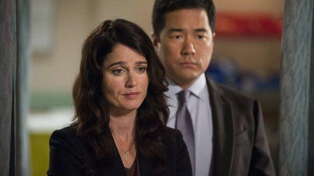 The Mentalist - Nach alldem, was geschehen ist, machen sich Teresa (Robin Tun...