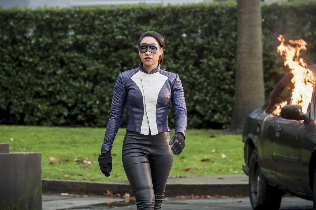 Wie wird Iris (Candice Patton) mit der neuen Aufgabe und den damit verbundenen Verantwortungen als schnellste Frau der Welt zurechtkommen? - Bildquelle: 2017 Warner Bros.