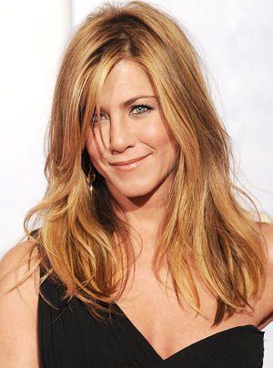 Der vollständige Name der schönen Schauspielerin ist Jennifer Joanna Aniston. Sie wurde am 11. Februar 1969 in Sherman Oaks, Kalifornien geboren.  - Bildquelle: getty - AFP