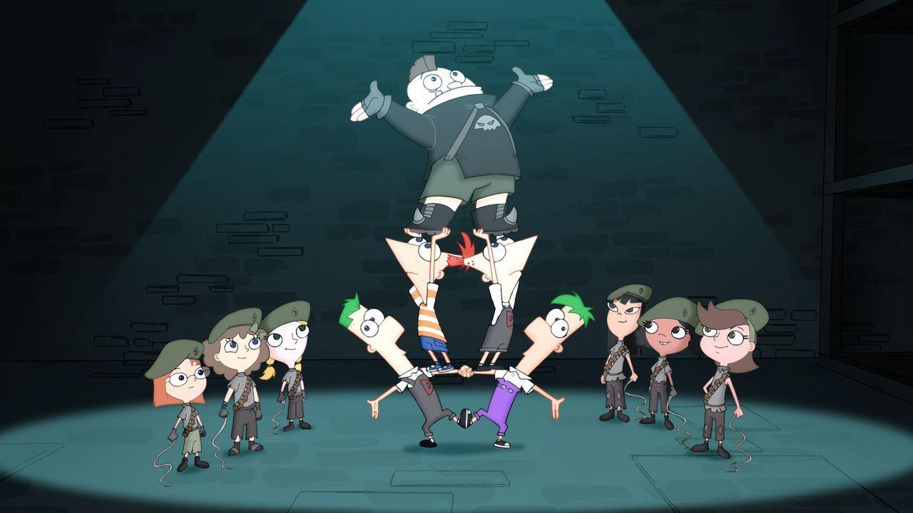 Gemeinsam mit ihren Freunden, der geheimen Widerstandstruppe unter der Führung von Candace, kämpfen Phineas und Ferb gegen gefährliche Monster. - Bildquelle: Disney
