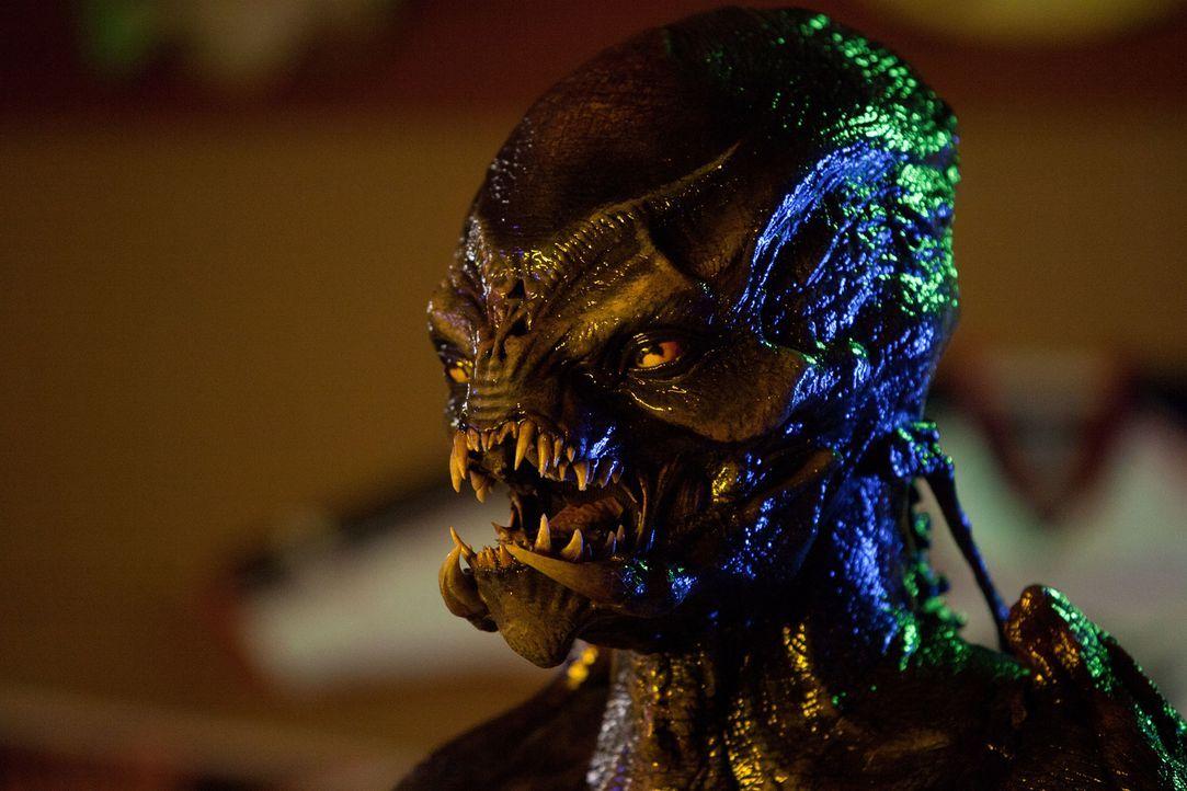 Aliens sind in der Stadt und ihre einzigen Gegner sind vier chaotische und unerfahrene Kleinstädter mit Bürgerwehr-Ambitionen. Können diese die Welt... - Bildquelle: 2012 Twentieth Century Fox Film Corporation. All rights reserved.