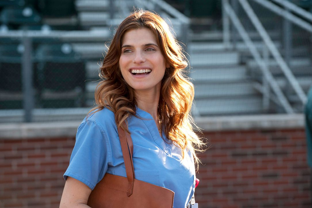 Million- Dollar- Arm-12-Lake-Bell-Disney-Enterprises