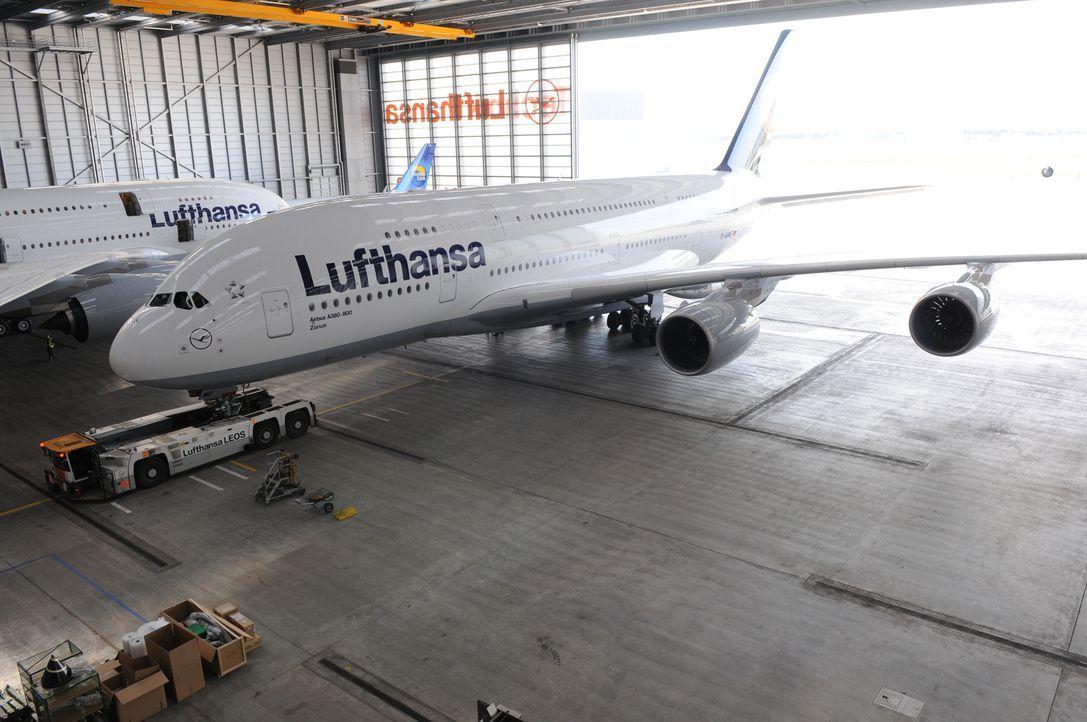 Der Tiefdecker ist mit einer Kapazität von bis zu 853 Passagieren das größte in Serienfertigung produzierte zivile Verkehrsflugzeug in der Geschicht... - Bildquelle: EXPLORATION PRODUCTION INC./DISCOVERY