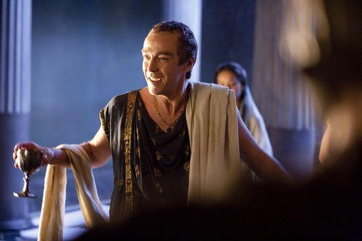 Spartacus: Blood and Sand - Ist begeistert vom Sieg und Ruhm des Spartakus: B...