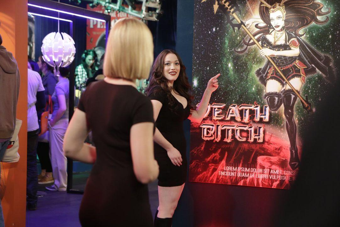Max (Kat Dennings, r.) und Caroline (Beth Behrs, l.) finden heraus, dass ihre Gesichter für ein Videospiel verwendet wurden ... - Bildquelle: 2016 Warner Brothers